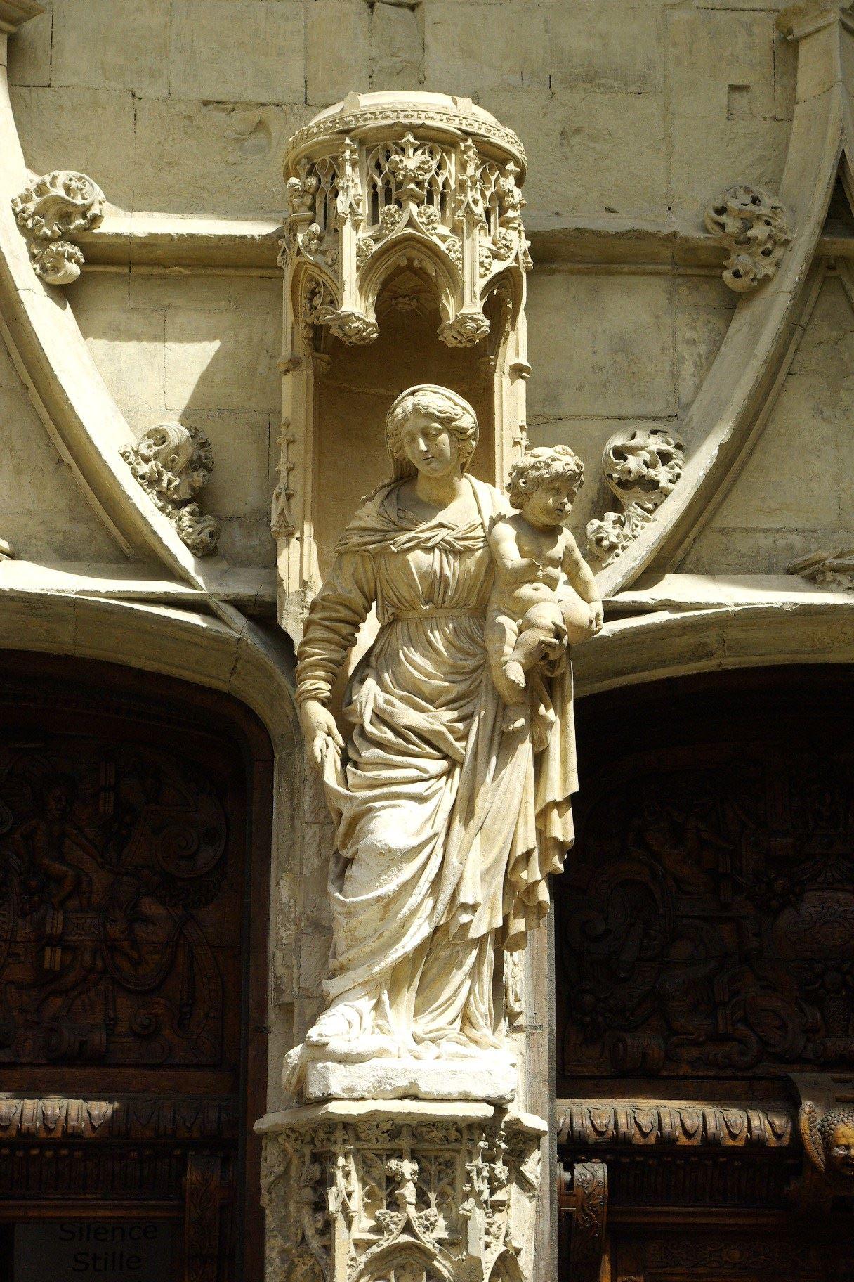Avignon, la ville aux milles visages
