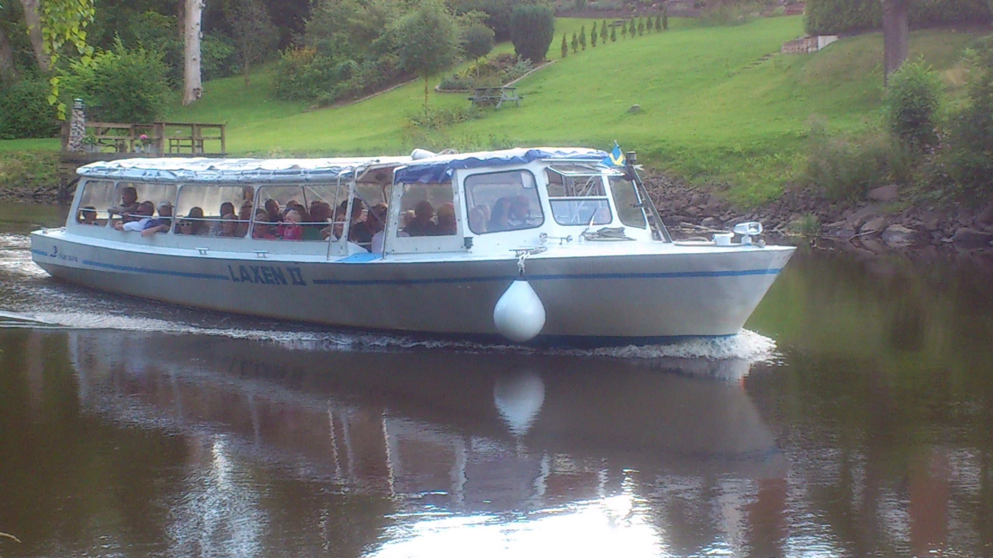"© Ängelholms Näringsliv, Guided tour on the river Rönne – aboard the tourist boat ""Laxen"""