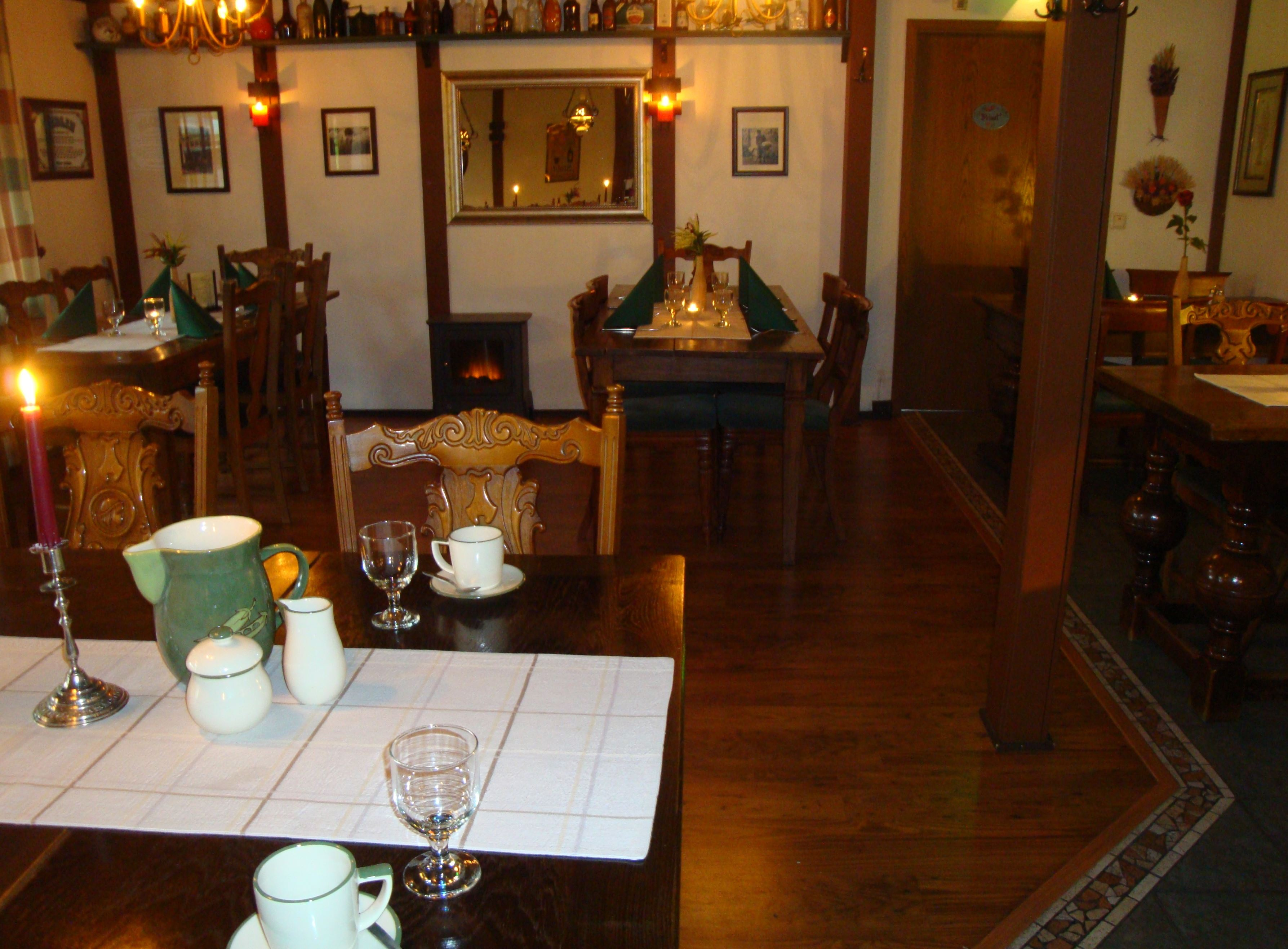 Summer break at Cronin's Cafe & Guesthouse