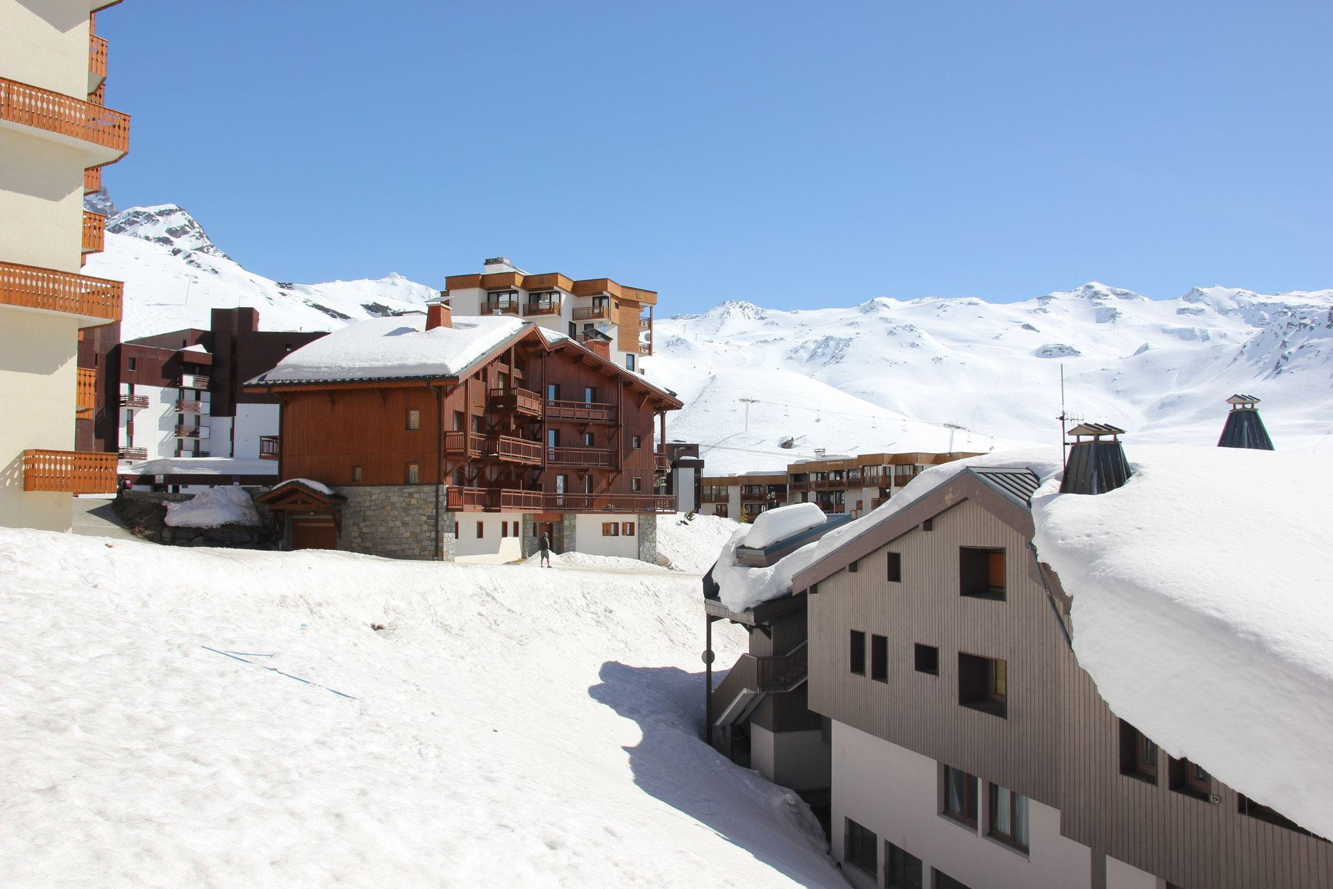 PORTILLO 1204 / STUDIO 4 PEOPLE - 1 BRONZE SNOWFLAKE - CI