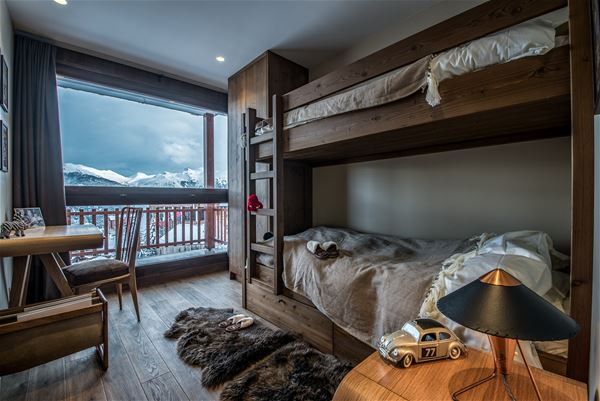 5 rooms 8 people ski in ski out / COSY 60'S / Tranquillity Booking