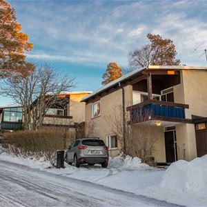 HV227 House near ski stadium