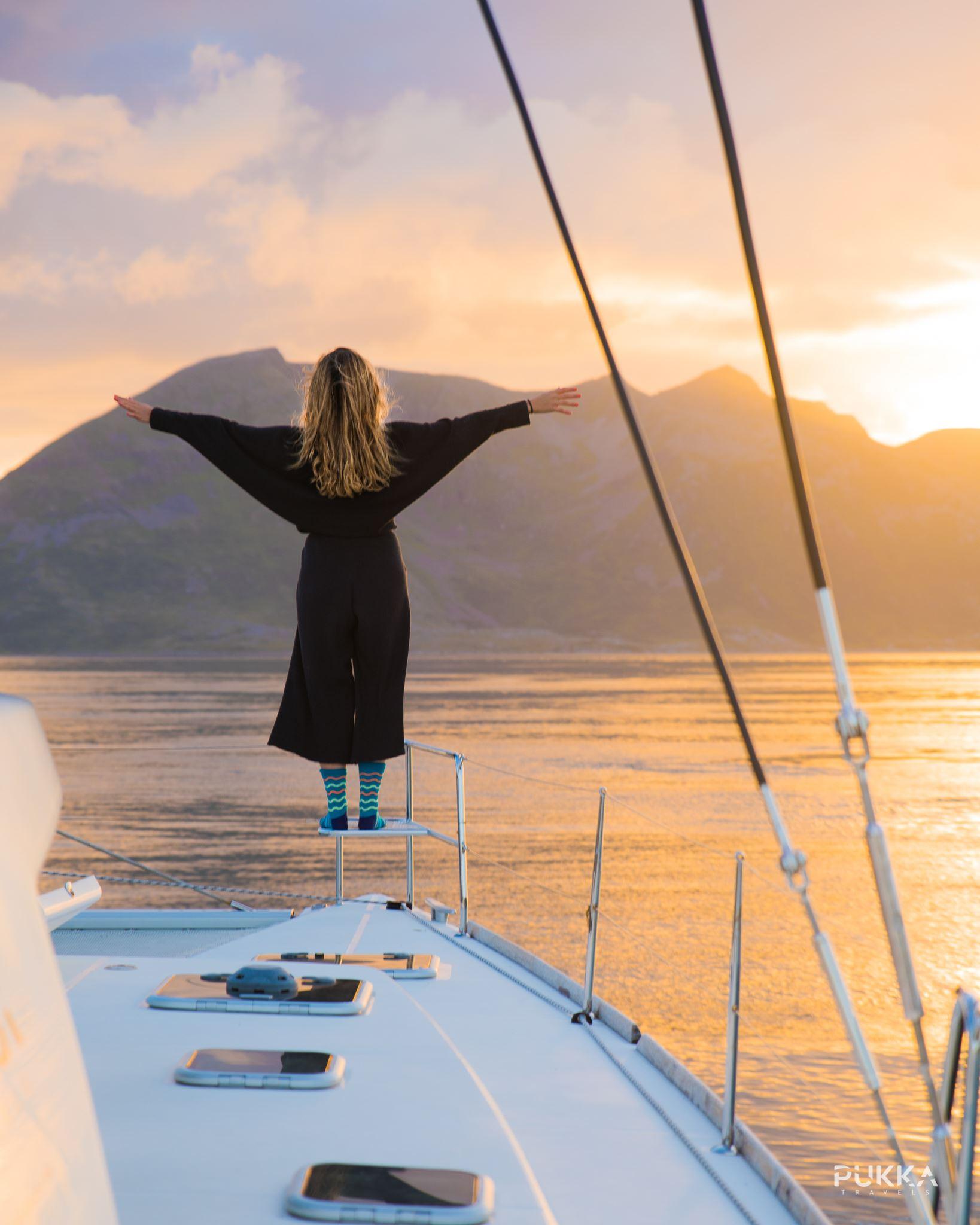 Midnight Sun Sailing/Midnight Sunset Sailing