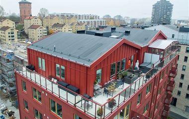 karlstad - Nybyggd 6-bäddslägenhet 105m2 mycket hög standard   på taket bryggudden två badrum och bubbelbad på  - 5478