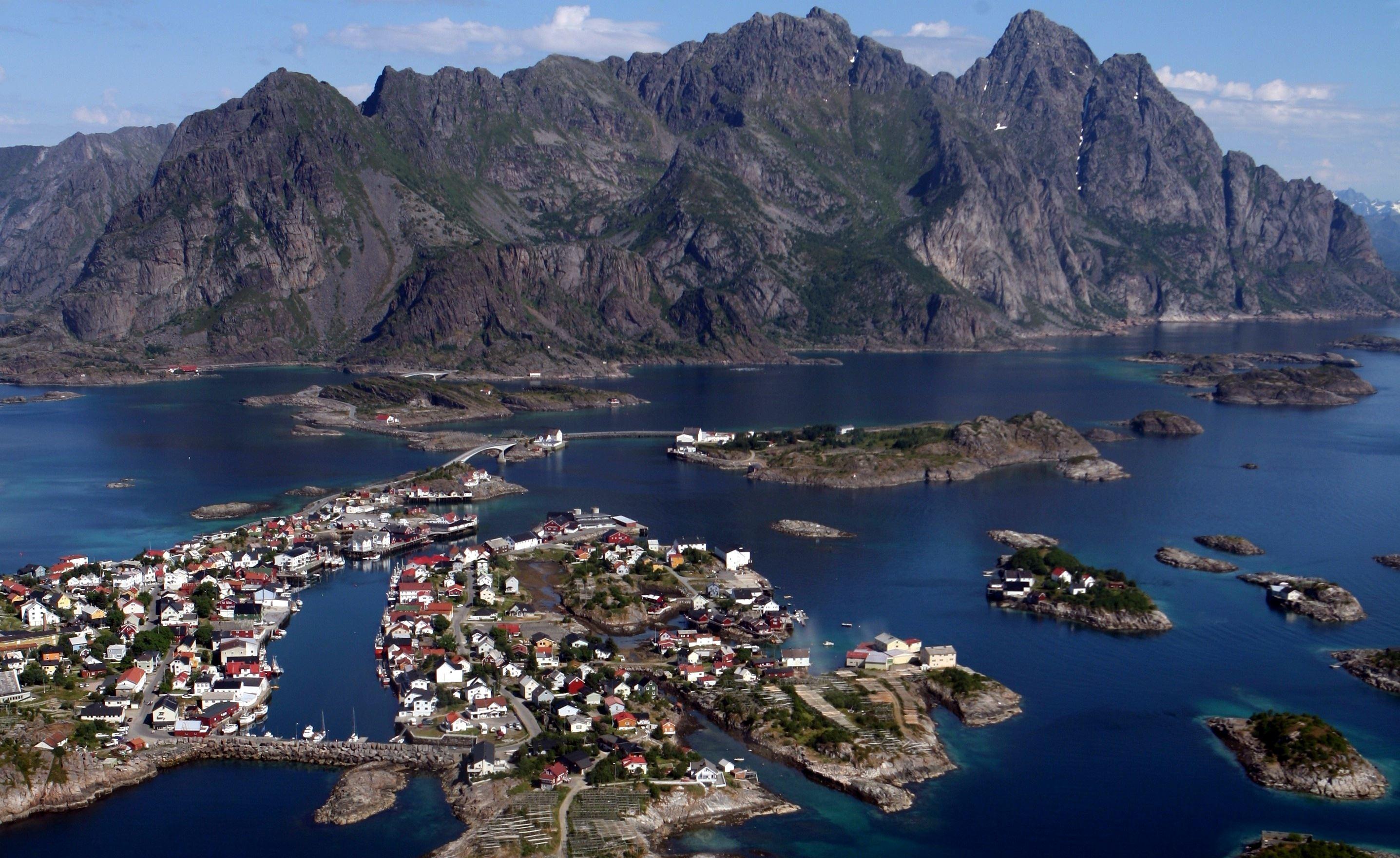 Sortland-Svolvær via Trollfjorden
