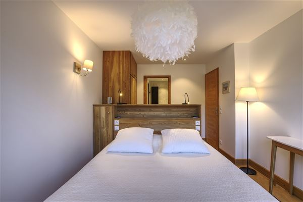5 rooms 10 people ski in ski out / LE ROC MERLET 405 (Mountain of Dream)