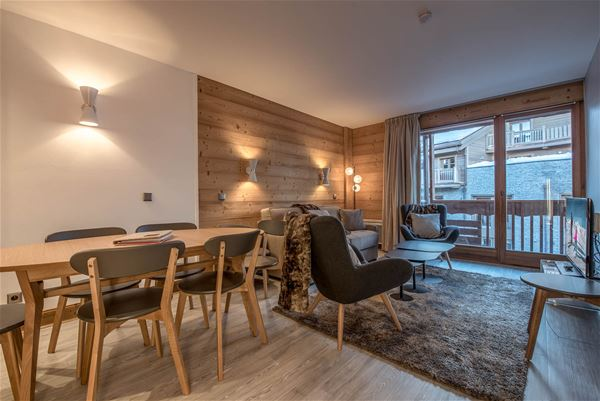3 rooms 7 people / Chalet du Forum B117 / Tranquillity Booking