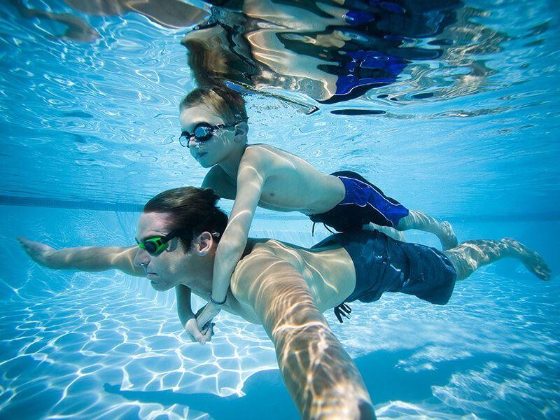 Storsjöbadet,  © Storsjöbadet, Simning under ytan