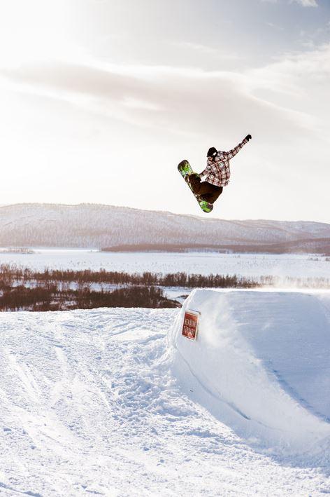 2:8 Snowboard Medel