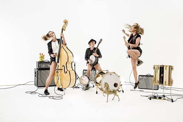 Baskery,  © Baskery, Baskery - en energisk show och hårresande vassa syskonstämmor