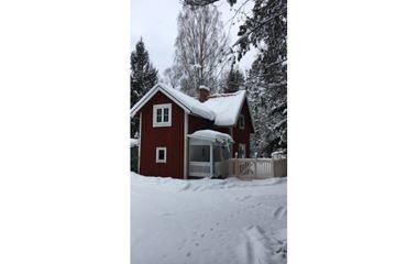 Hagfors - Villa och Stuga i Lakene, hundar välkomna. Inhägnad tomt - 5656