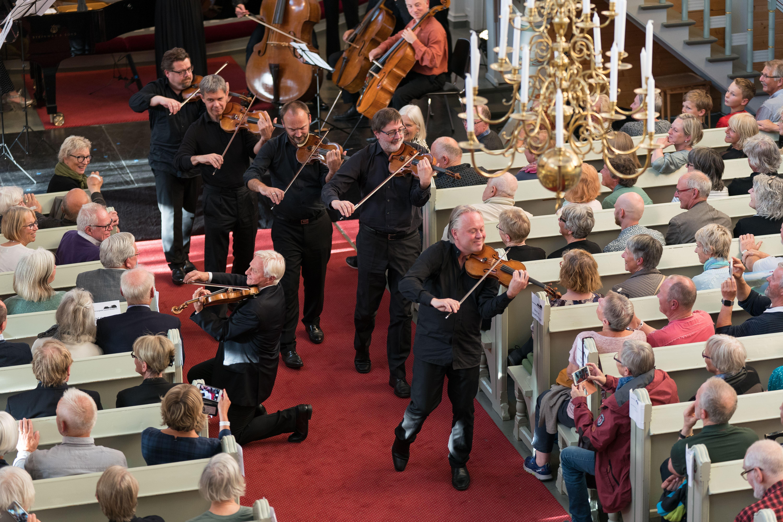 Tom Helstad,  © Lofoten Internasjonale Kammermusikkfest, Lofoten International Festival of Chamber Music