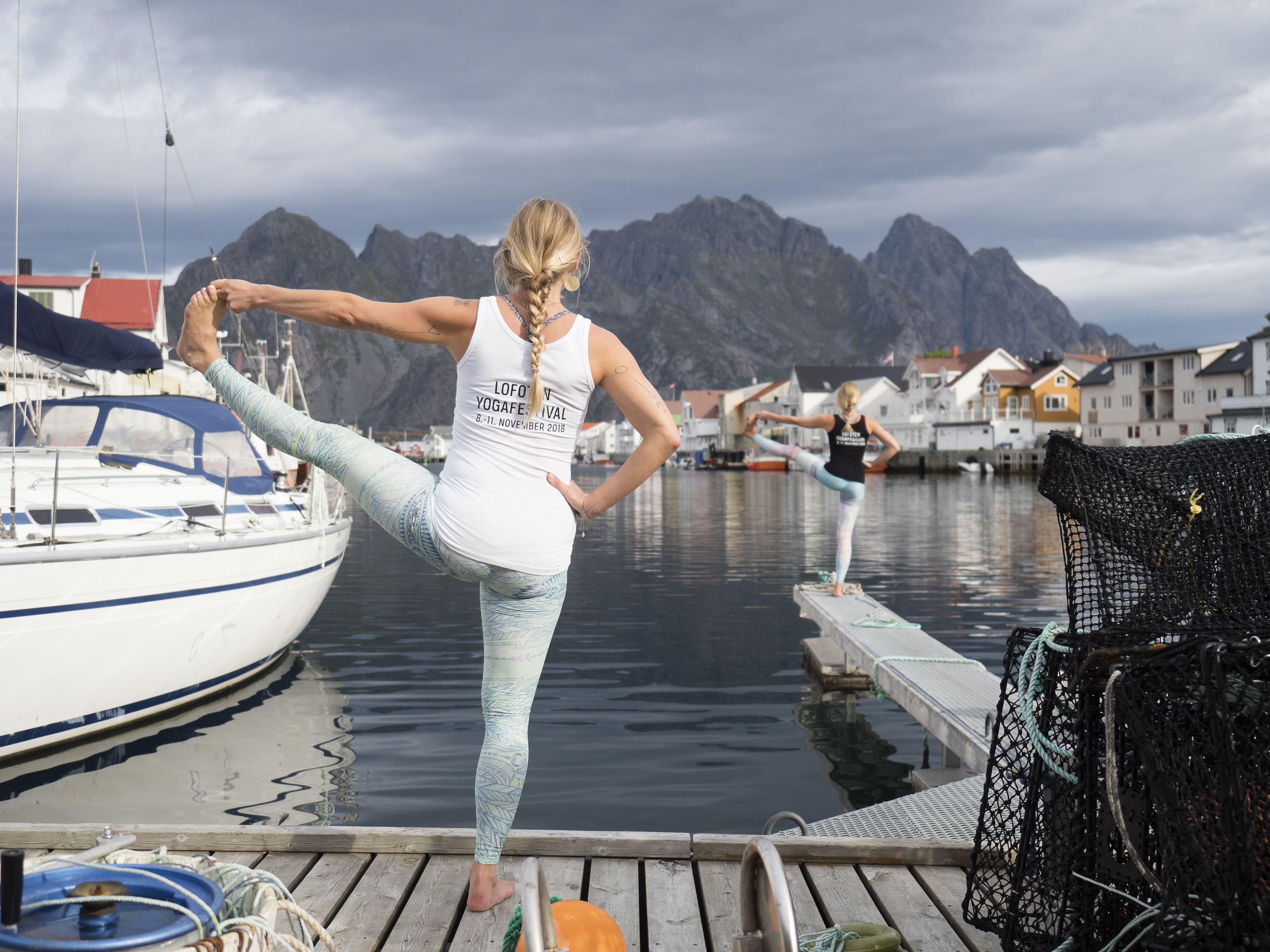 Min Yoga Lofoten,  © Kristin Folsland Olsen , Happy Hips / Ekslusiv yogaklasse med Selena R. Cordeau