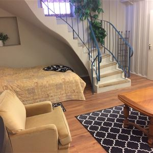 RL313 Möblerat rum