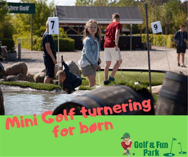 "Minigolf turnering "" Krokodille"" på Golf og Fun i Marielyst"