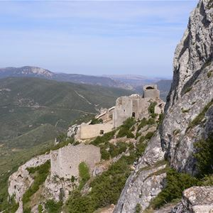 Excursion by minibus - Day - Castles of Quéribus & Peyrepertuse + village of Cucugnan - Private excursion - F / GB - Trésor Languedoc Tours
