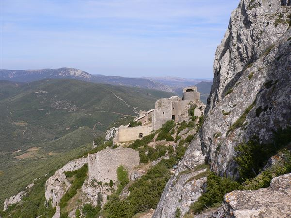 Day Excursion by minibus - Castles of Quéribus & Peyrepertuse + village of Cucugnan - Shared excursion - F / GB - Tresor Languedoc Tours