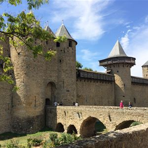 Day excursion by minibus - Medieval City of Carcassonne and Lastours Castle - Shared excursion - F / GB - Trésor Languedoc Tours