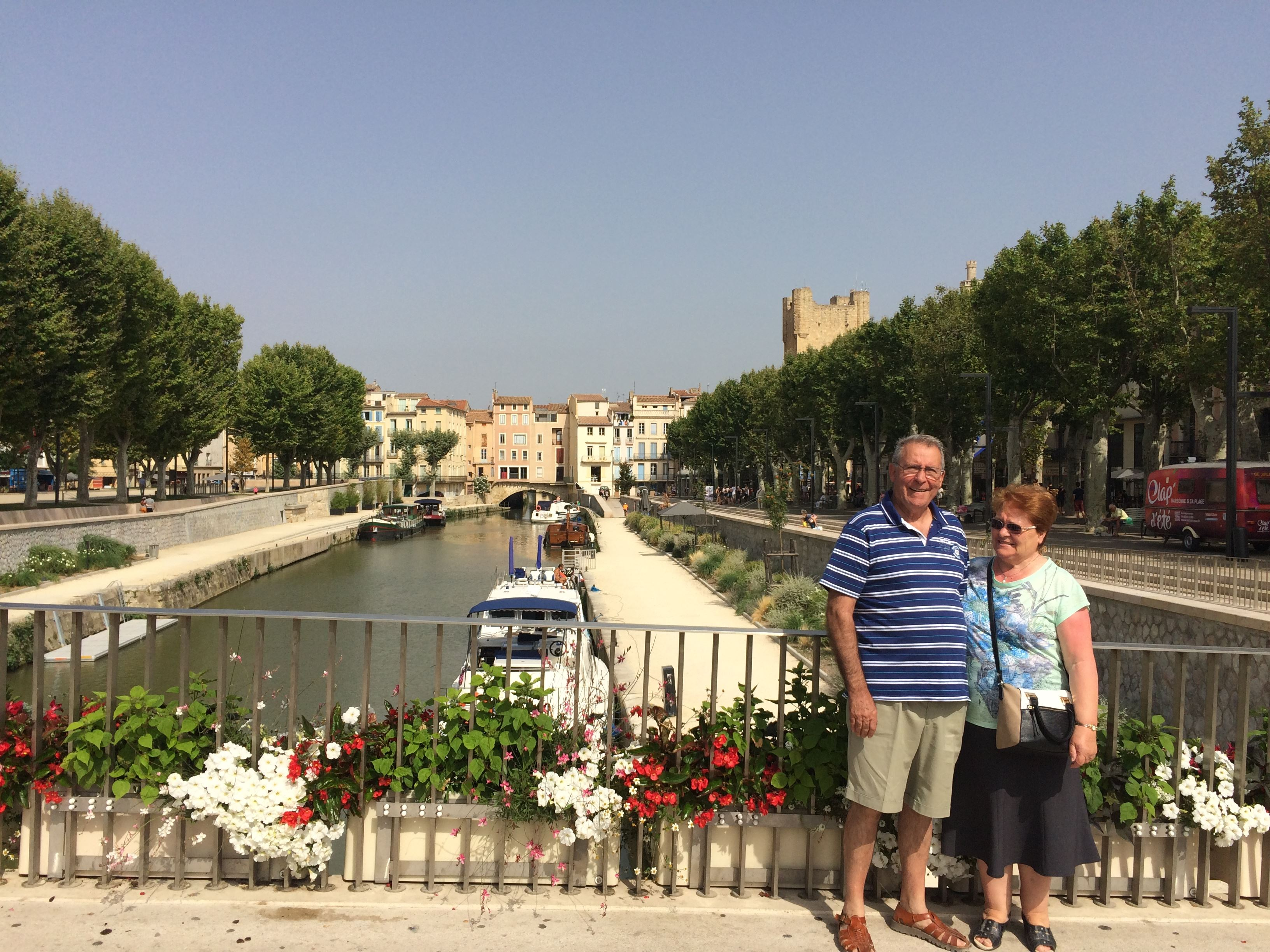 Excursion by minibus - Day - Narbonne, Gruissan and the village of Lagrasse - Shared excursion - F / GB - Treasure Languedoc Tours