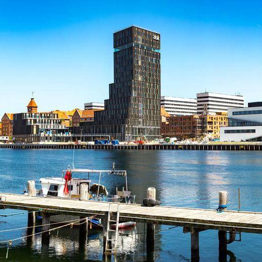 Byens Havn i Sønderborg – hør om udviklingen fra fattige kår til wellness
