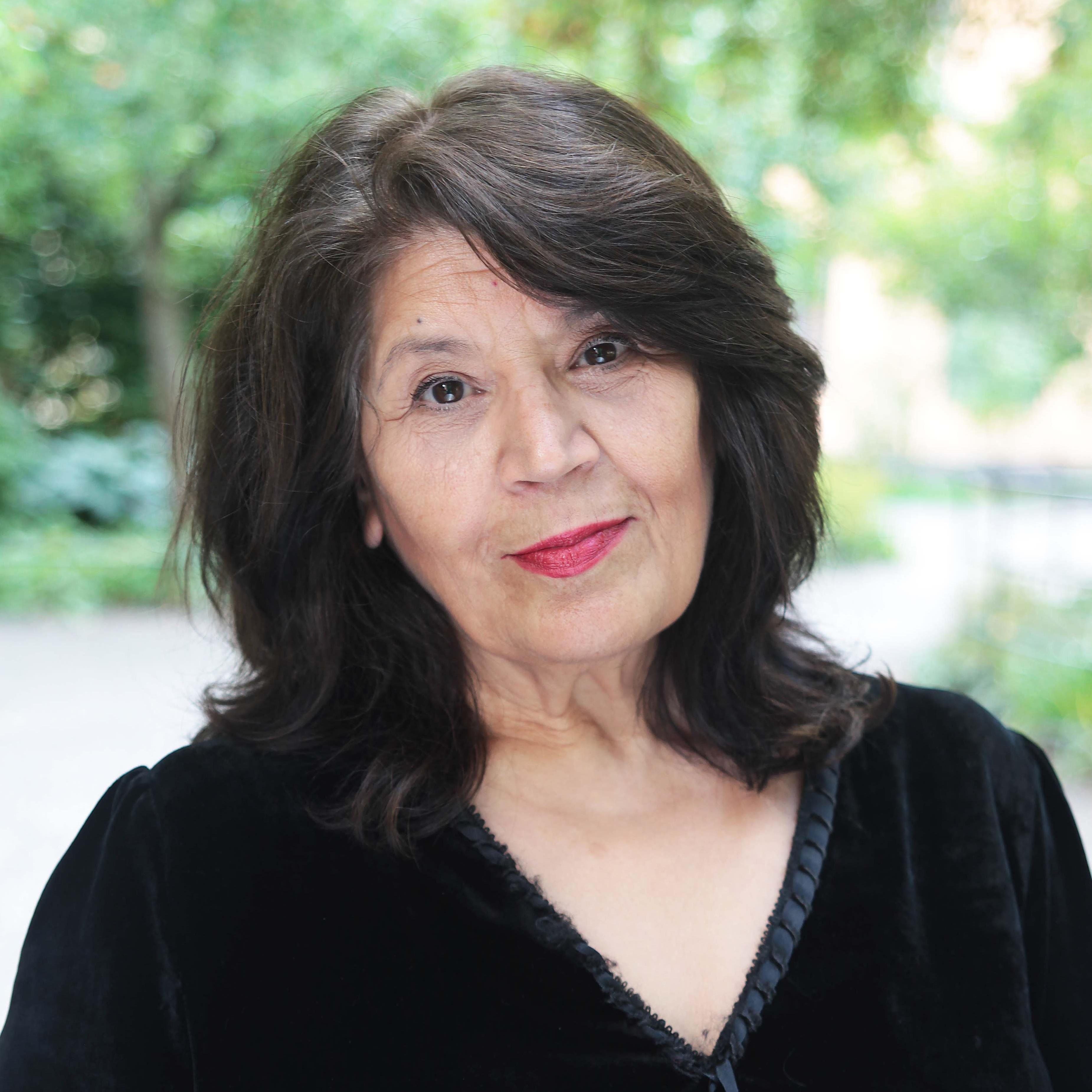 Poesikväll med Jila Mossaed