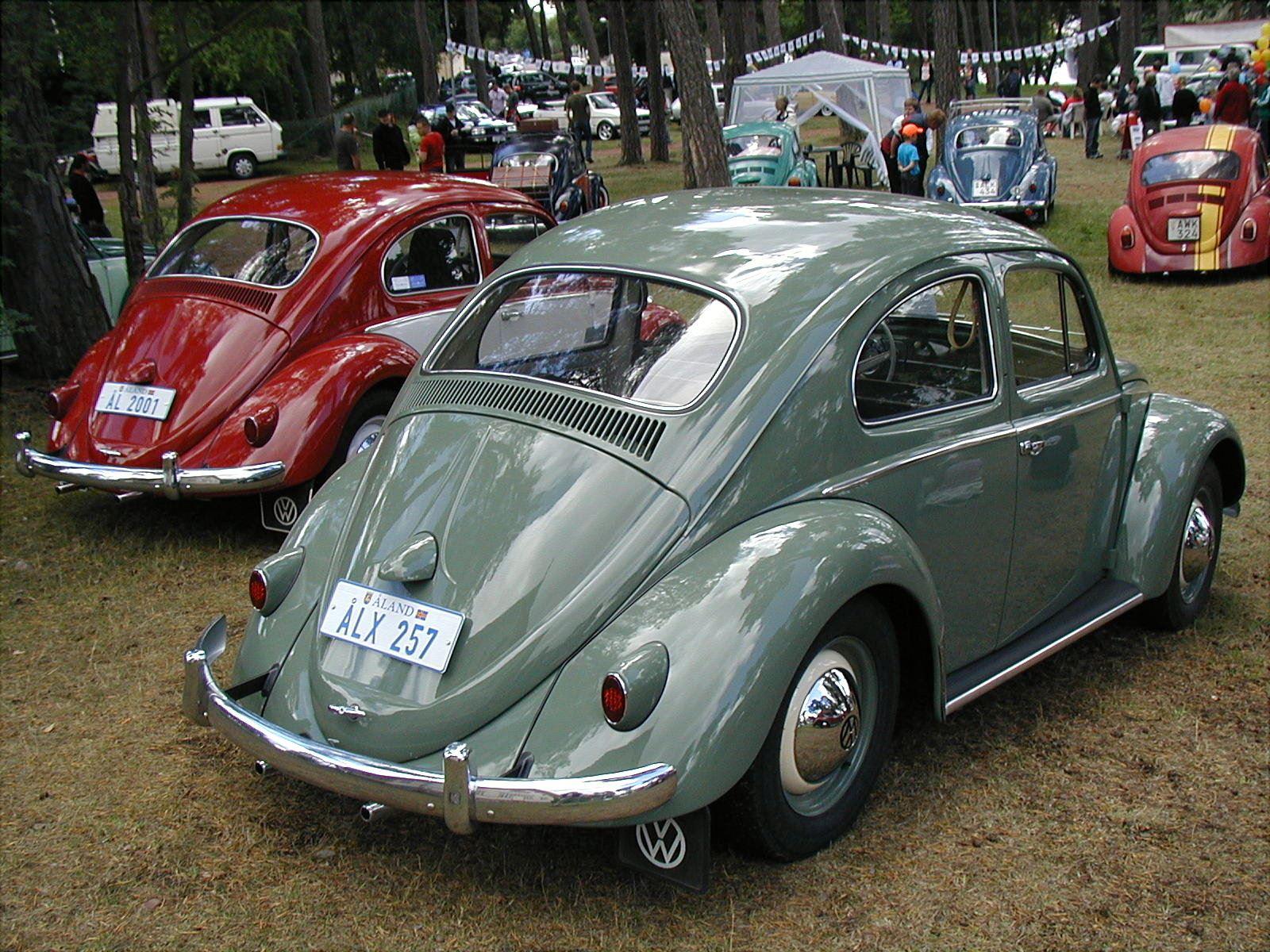 Car show: VW BugNic #26 in Badhusparken