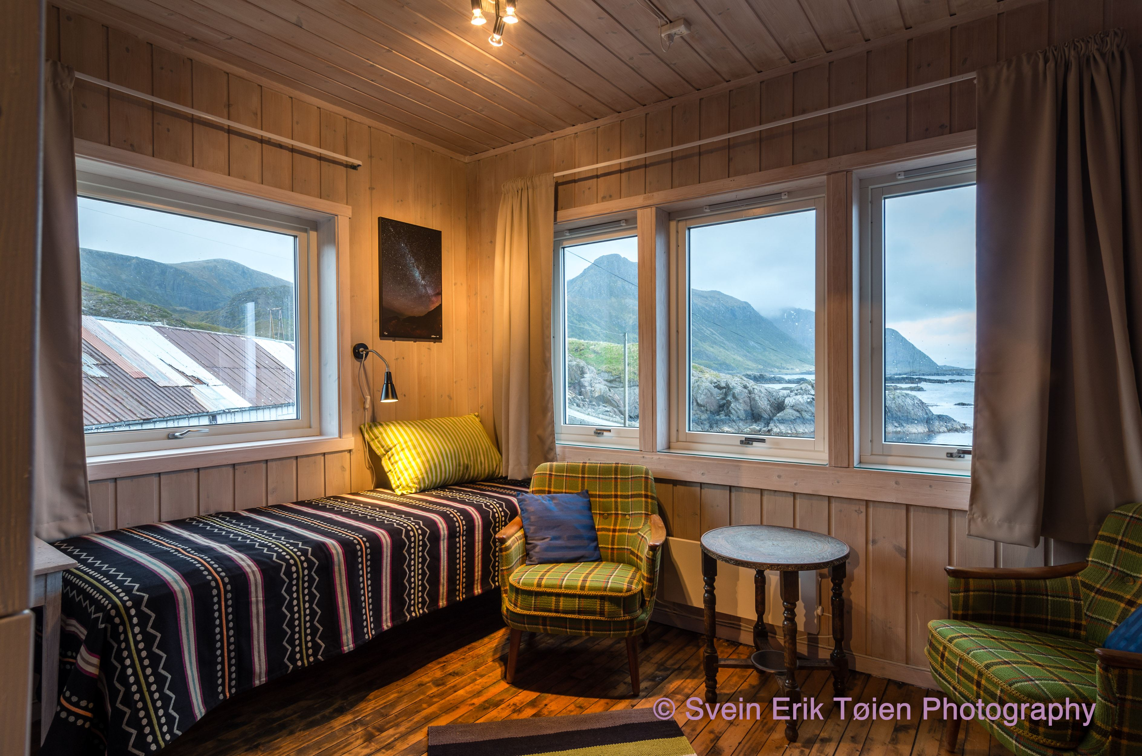 Svein Erik Tøien,  © Svein Erik Tøien, Nyksund Retreat - Gallery Apartment