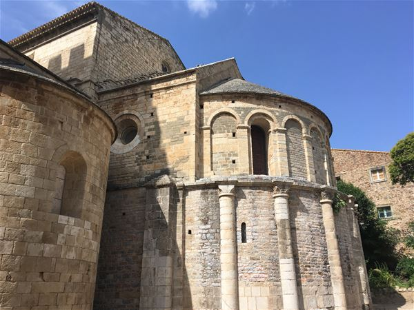 Minibus tour - Cabardes & Minervois. Romanesque Abbey, Red Marble and underground world
