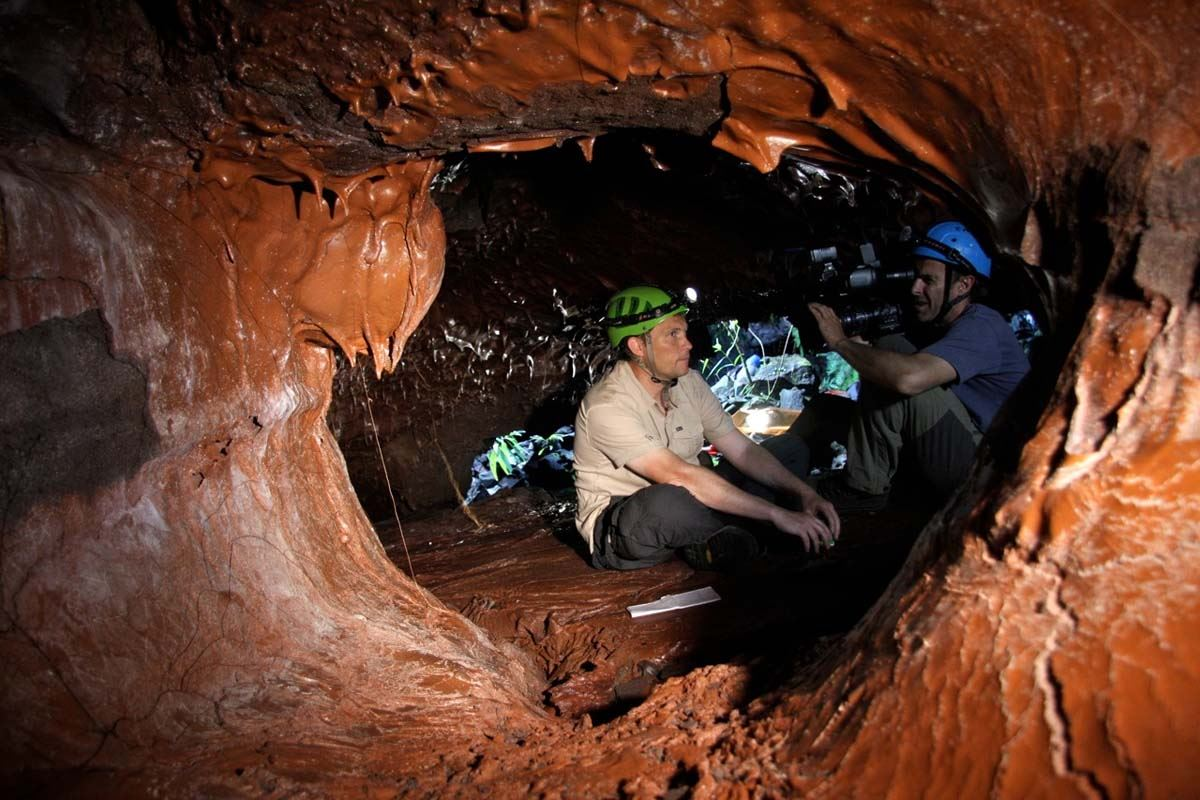 Tunnels de lave - Coulée 2004