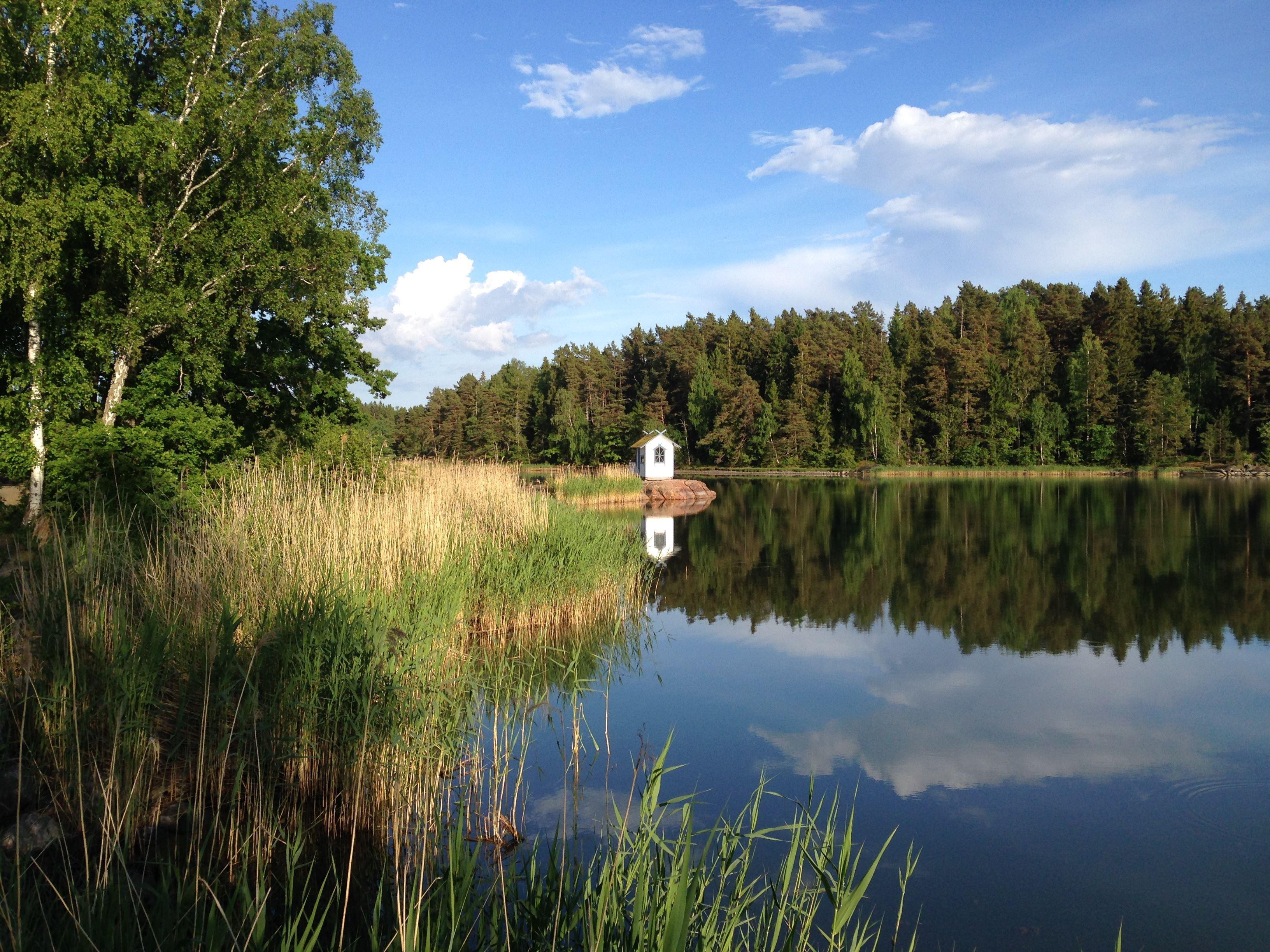 I Roslagens famn - guidad båttur & grillbuffé