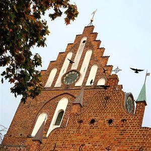Stadsvandring med besök i kyrkan