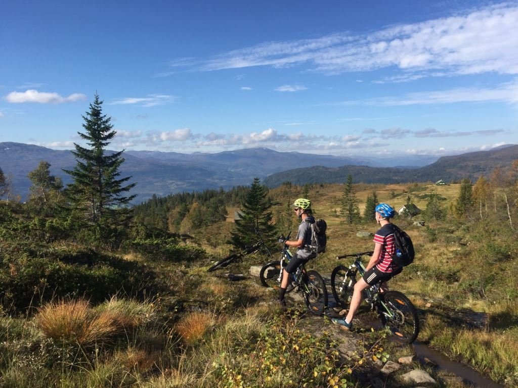 © Outdoor Norway, Guided Electric MTB Tour