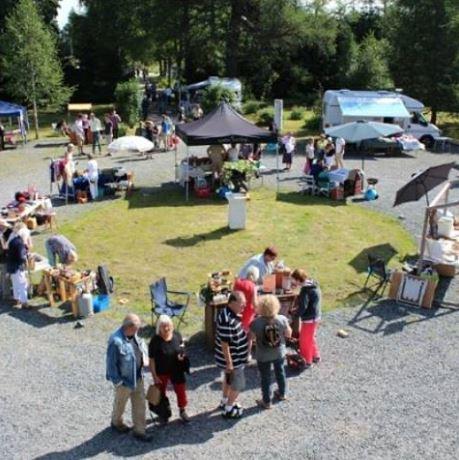 Sommarmarknad på Svabensverks Herrgård