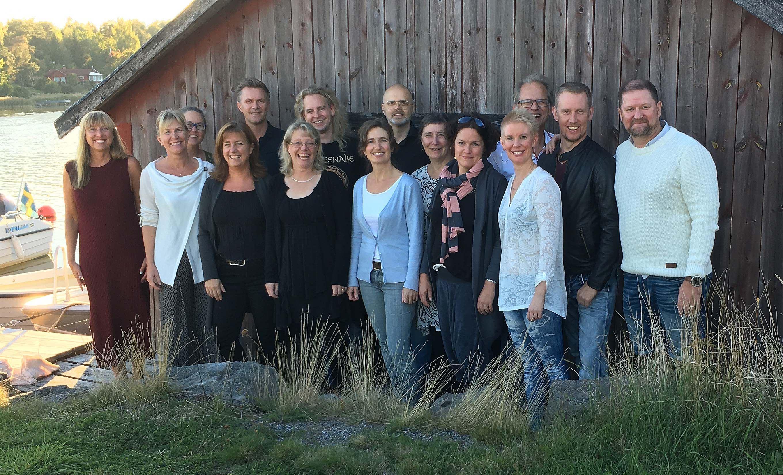 Utanpå & inuti – Roslagens Vokalensemble under ledning av Emma Anstey