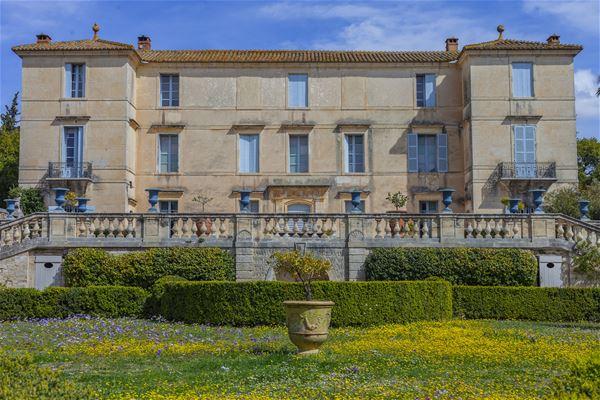 A glimpse of the Château de Flaugergues