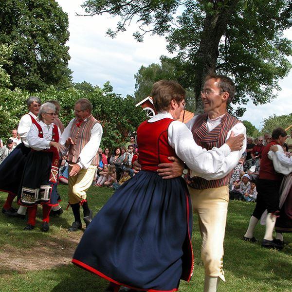 Midsummer celebration at Sjöstugan