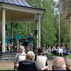 Musik i Stadsparken - Falu Evergreen