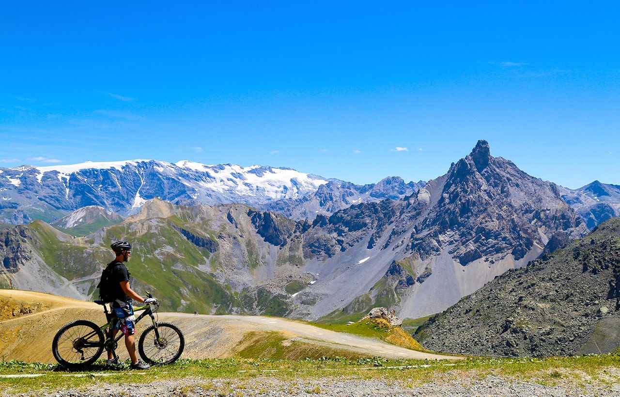 Half-day supervised MTB's discovery session in Courchevel