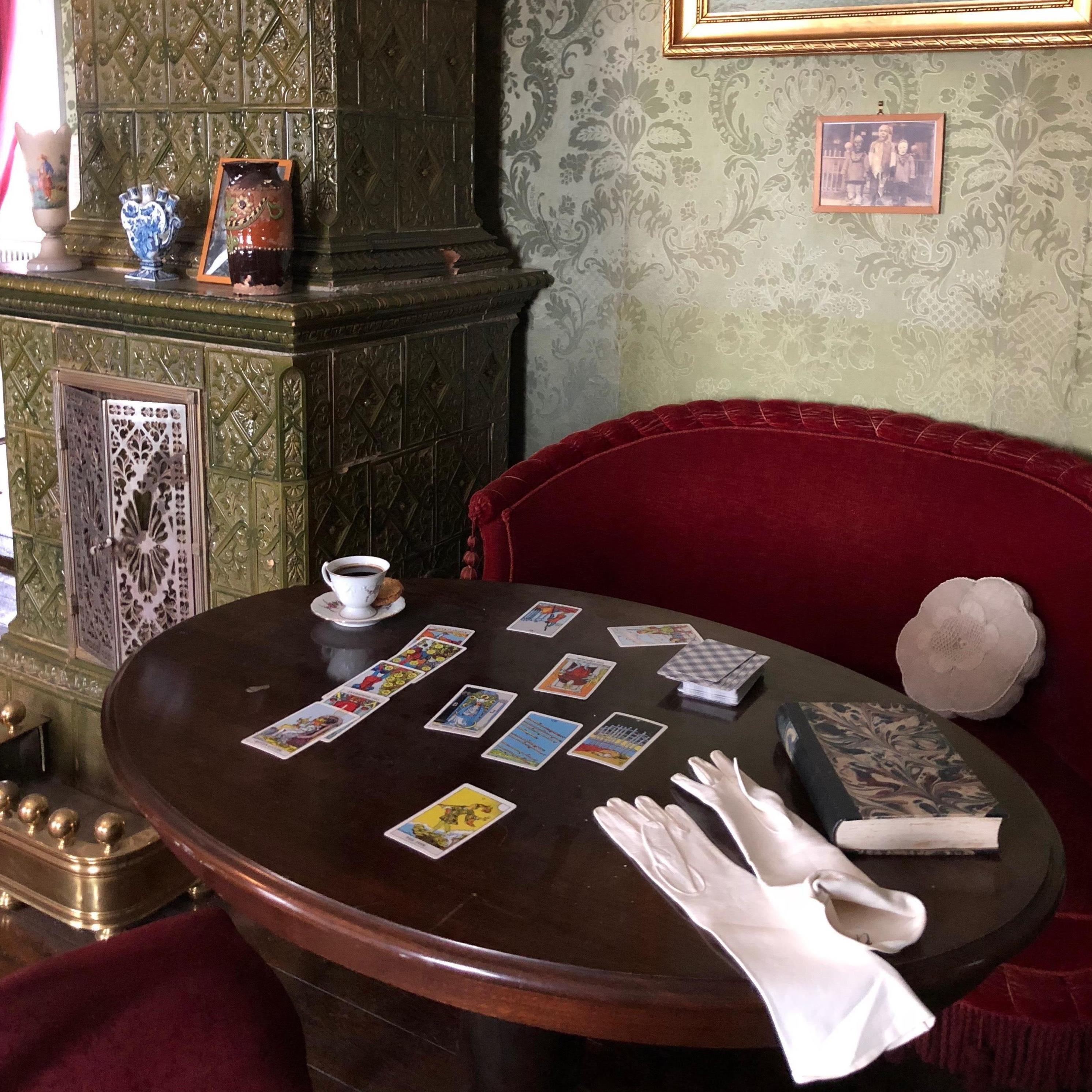Sommeromvisning i Museum Obscurum - Tema tarot og spiritisme