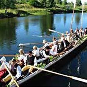 Kyrkbåtsrodd från Enån