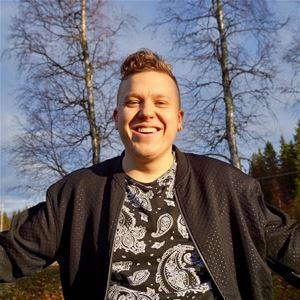 Musikcafé i Sikeå Hamn - Stäppens son
