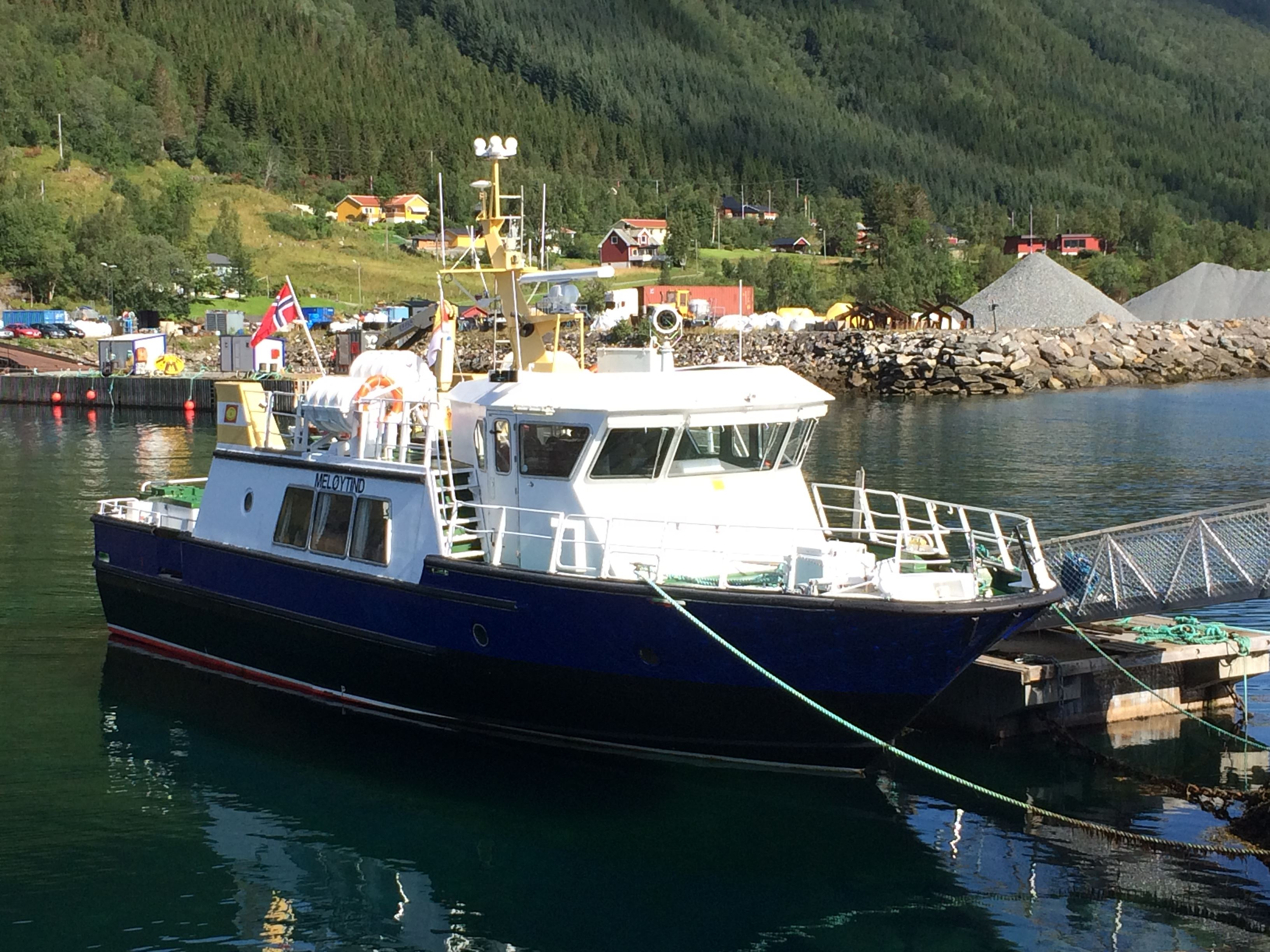 Narvik-Svolvær via Trollfjord