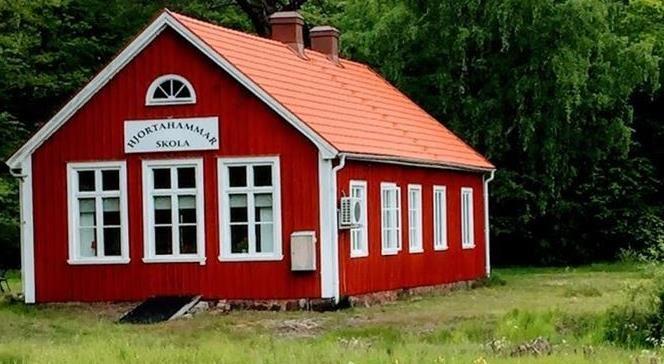 Hemgjort café och hantverk på Hjortahammar