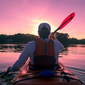 Paddla kanot med Indal och Lidens fritidsgård