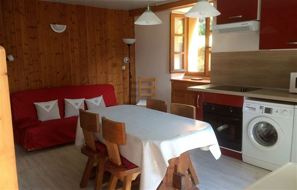 2 rooms 2 persons / APARTMENT CLAUDE (Mountain of Charm)