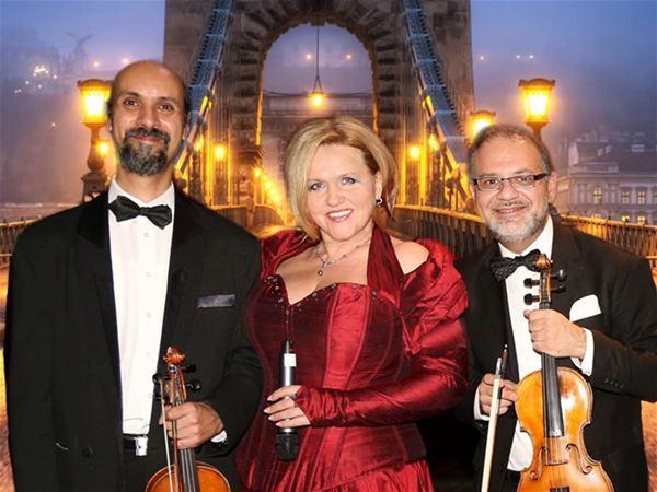 Musik: Magiska ungerska melodier - Agnes Visser och orkester
