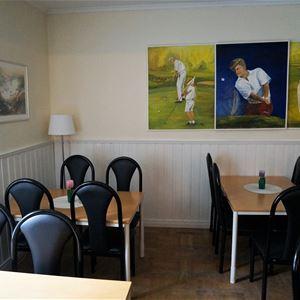 The Golf Ball Café