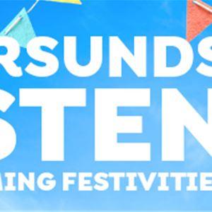 Foto:Östersunds kommun,  © Copy:Visit Östersund, Blå bakgrund med flaggor