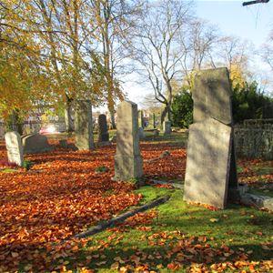 Berättande kyrkogård