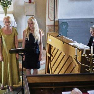 Musik i sommarkväll - Odensjö kyrka - Tre generationer Tägil.